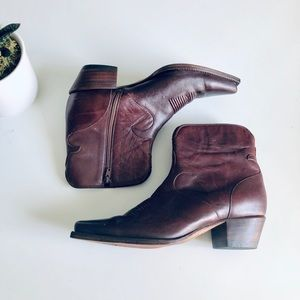 Charlie 1 Horse Lucchese Ankle Western Boot